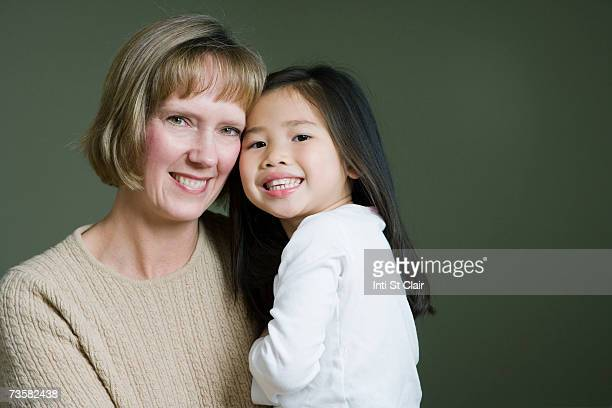 Mother and adopted Chinese daughter (3-5)