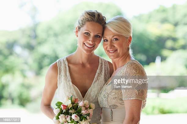 Mãe e Noiva Agarrar