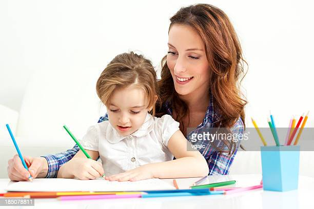 Mère et enfant dessin à colorier.