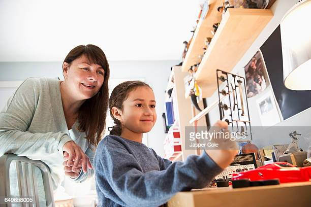 Mother and daughter building model toy