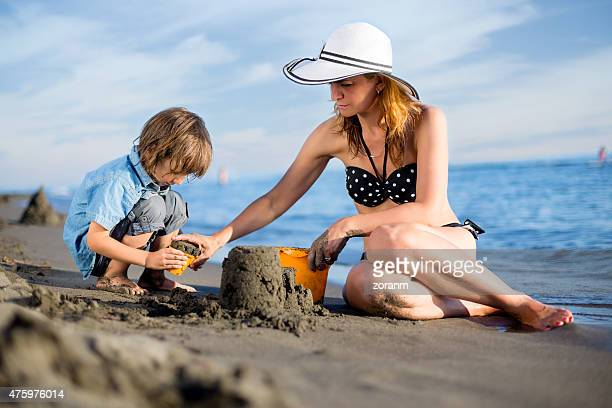 Mutter mit Sohn Gebäude sandcastle
