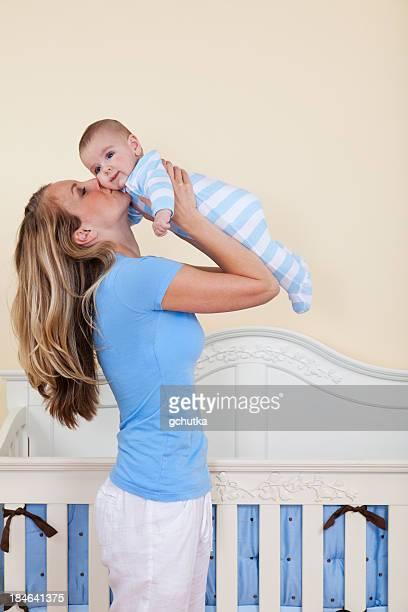 Mutter Küssen Baby