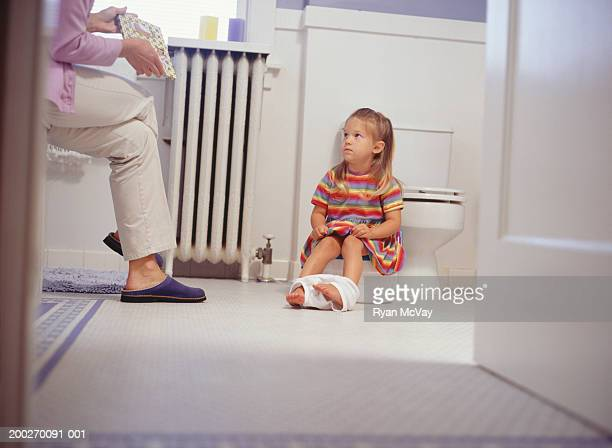 Mother potty training daughter (2-3)