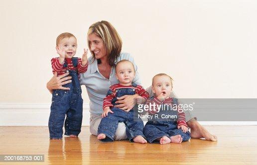 Drillinge Stock Fotos Und Bilder Getty Images