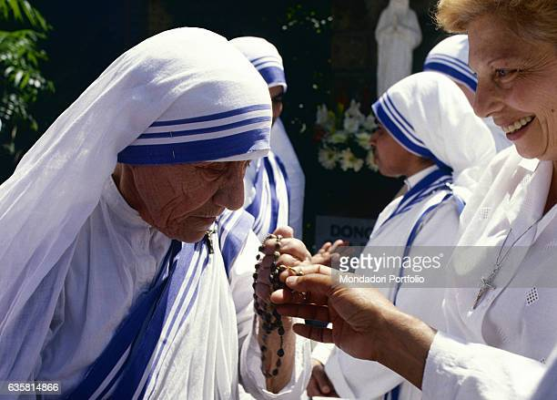 Mother Teresa of Calcutta Albanian catholic woman Nobel Peace Prize Laureate and founder of the religious congregation of the Missionaries of Charity...