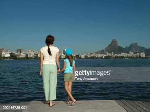 lagoa single parents City/state lagoa formosa/ minas gerais country brazil start dec 2018 - jan 2019 duration of stay 10-12 months  would you work for a single parent.