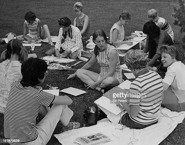 JUL 6 1971 JUL 9 1971 JUL 14 1971 Mothers Learn Macrame in YWCA 'Barefoot in the Park' program