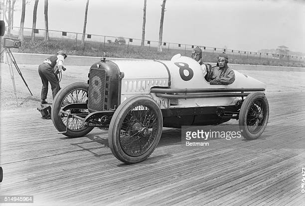 Motor Vehicle Photos Et Images De Collection Getty Images