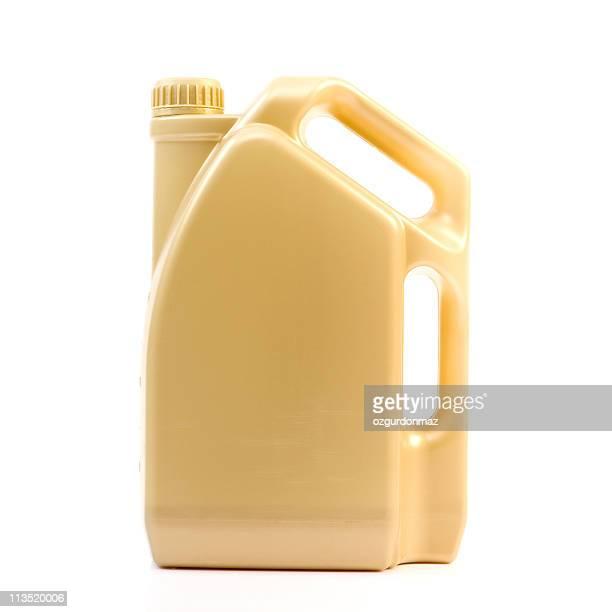 Bouteille d'huile de moteur