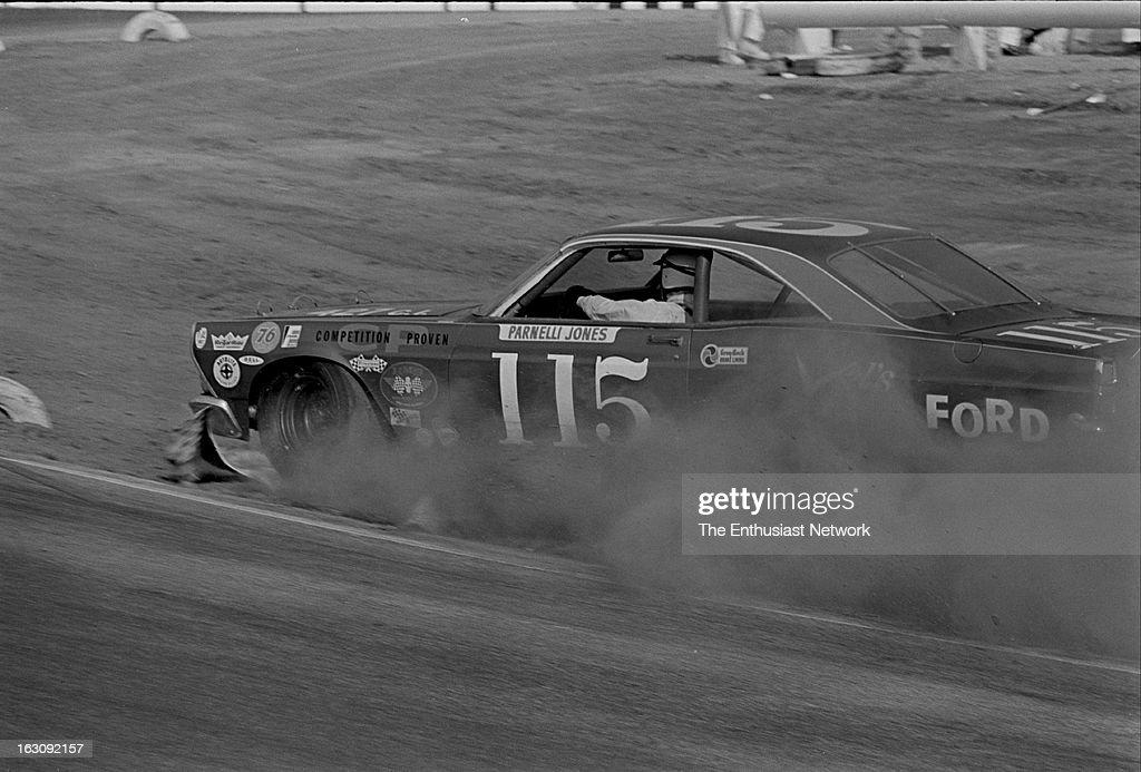 Motor Trend 500 - Riverside - NASCAR. Race winner Parnelli Jones slides off track in & 1967 Motor Trend 500 - Riverside - NASCAR Pictures | Getty Images markmcfarlin.com