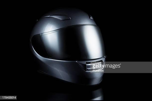 motorcycle casco sobre negro