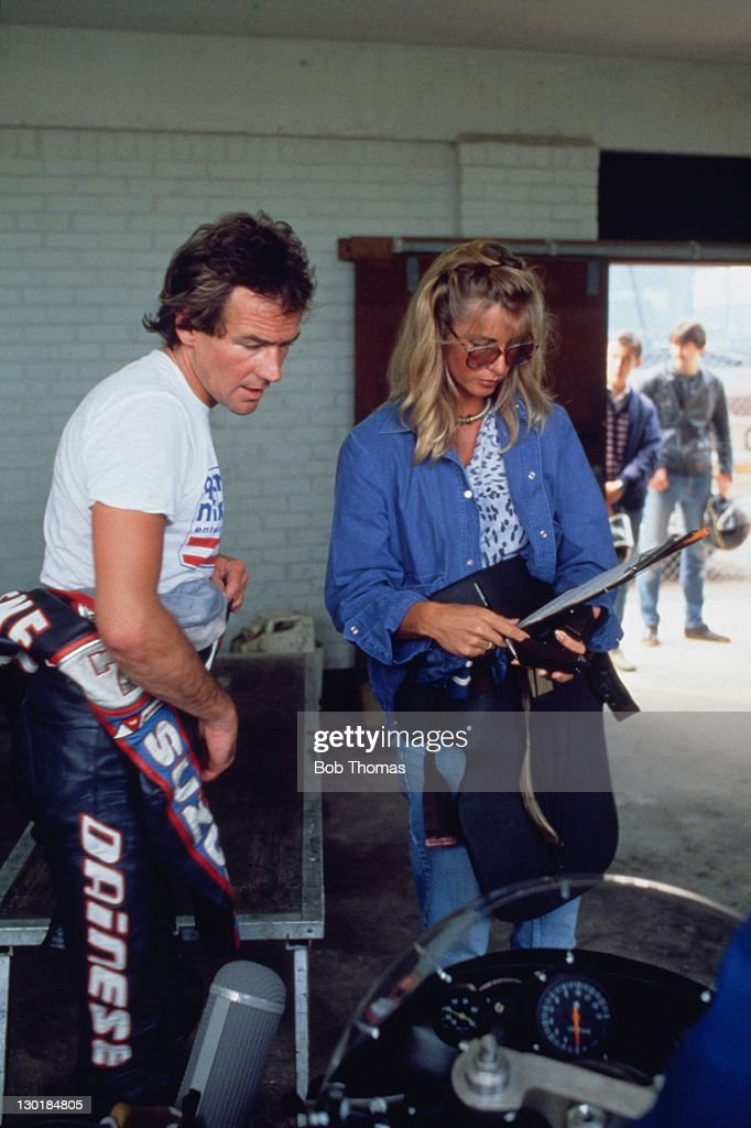 Motorcycle rider <a gi-track='captionPersonalityLinkClicked' href=/galleries/search?phrase=Barry+Sheene&family=editorial&specificpeople=600476 ng-click='$event.stopPropagation()'>Barry Sheene</a> and his wife Stephanie at Donington Park, circa 1983.