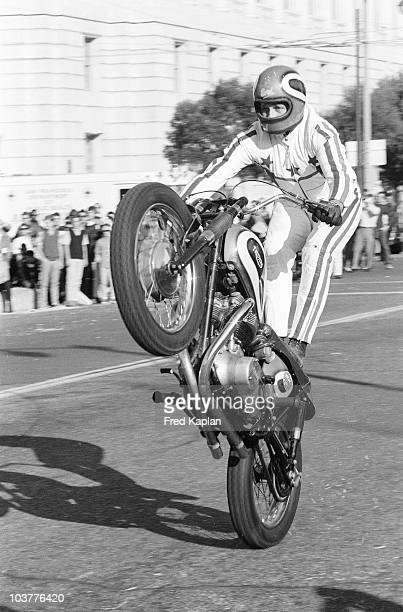 Daredevil Evel Knievel in action during jump at Civic Center Plaza San Francisco CA CREDIT Fred Kaplan