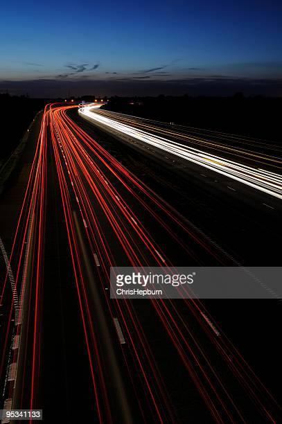 夕暮れの Motorway を