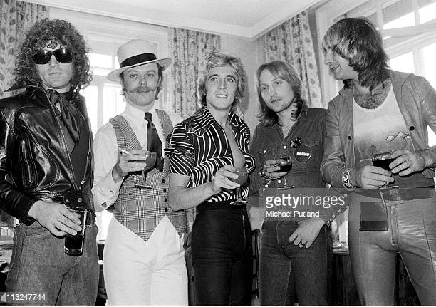 Mott the Hoople group portrait with Mick Ronson London 19th September 1974 LR Ian Hunter Morgan Fisher Mick Ronson Dale Griffin Pete Overend Watts