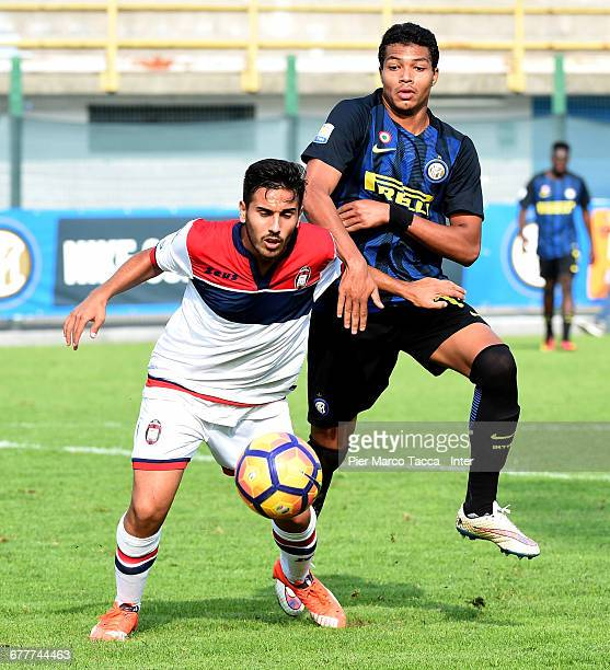 Mouhamed Menaour Belkheir of FC Internazionale Primavera competes for the ball with Federico Ricci of FC Crotone during the Primavera Tim juvenile...