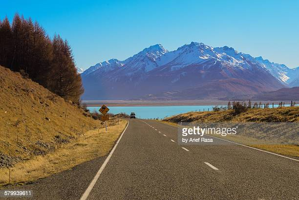 Mount Cook road and lake Pukaki