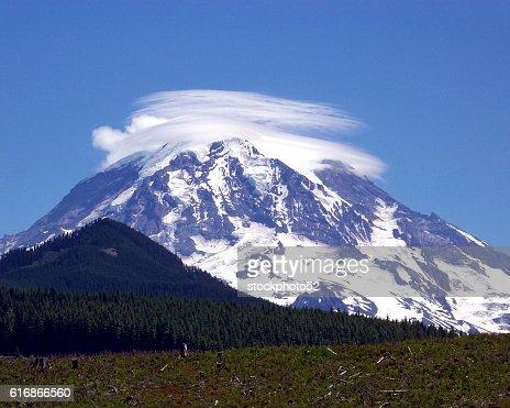 Mount Rainier : Stock Photo