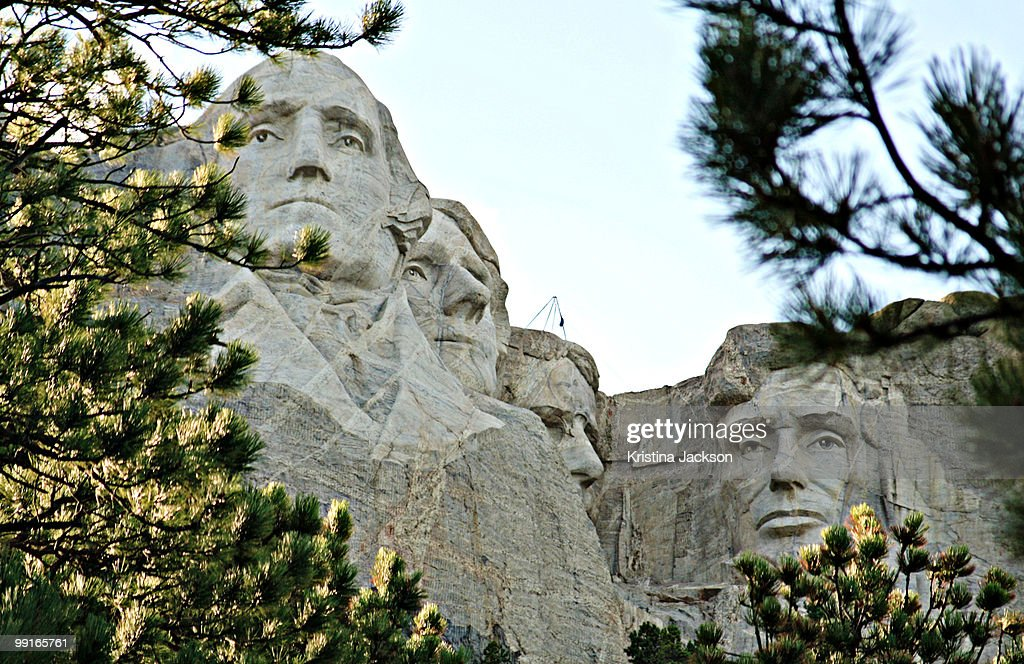 Mount Rushmore Framed by Trees : Stock Photo