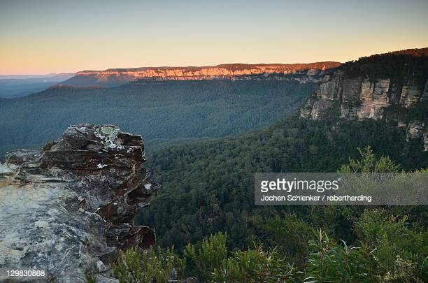 Mount Solitary and Jamison Valley, Blue Mountains, Blue Mountains National Park, UNESCO World Heritage Site, New South Wales, Australia, Pacific