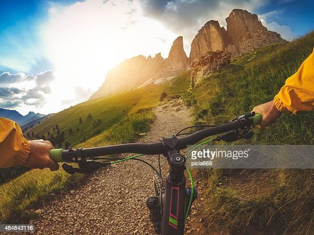 VTT: Une piste sur les Dolomites italiennes
