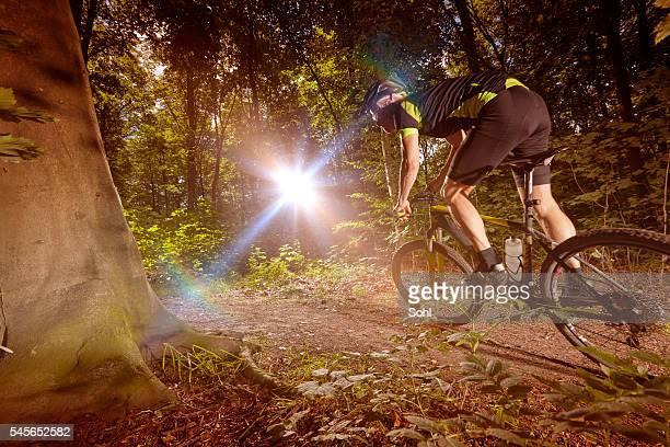 Mountain Biking racing i haze