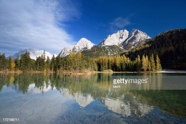 mountain lake im Herbst