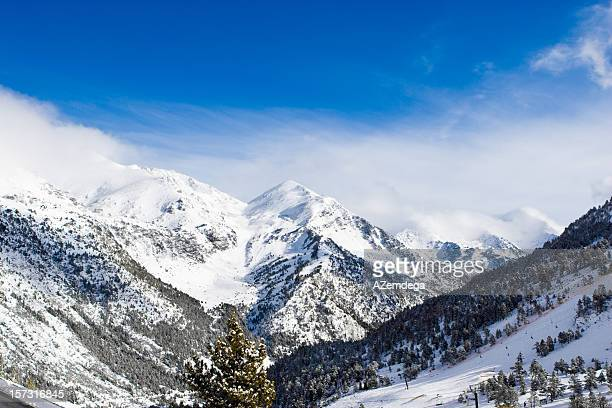 Vista a las montañas