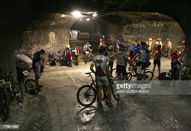 Mountainbikers prepare to compete in the 21st 'Extrem Mountainbike Race' 17 November 2007 at the 'Glueck Auf' pit of a former salt mine in...