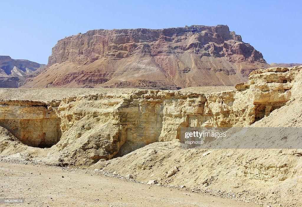 山岳ユダヤ砂漠の近くに、死海(イスラエル) : ストックフォト