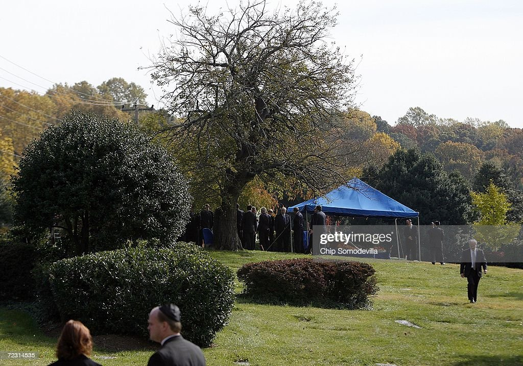 Mourners Stand Near The Tent Over Red Auerbach S Grave After His Burial At King David Memorial