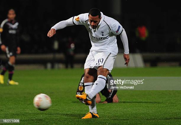 Mousa Dembele of Spurs scores his goal during the UEFA Europa League Round of 32 second leg match between Olympique Lyonnais and Tottenham Hotspur FC...