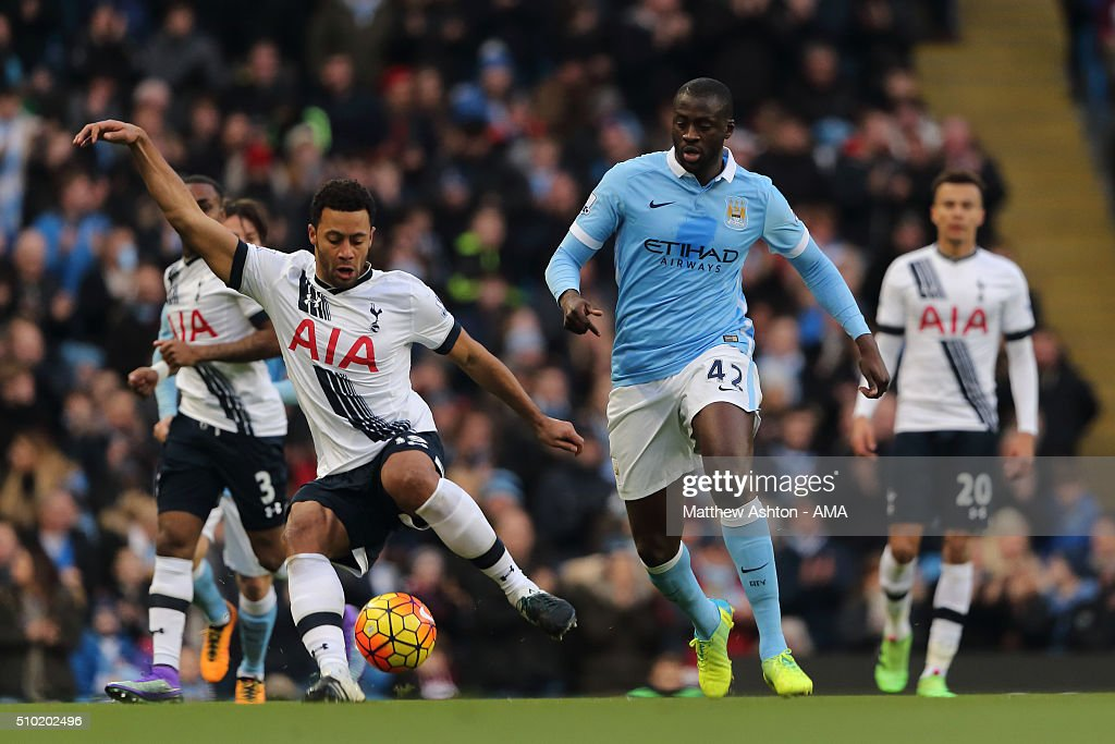Mousa Dembele of Tottenham Hotspur and <a gi-track='captionPersonalityLinkClicked' href=/galleries/search?phrase=Yaya+Toure&family=editorial&specificpeople=550817 ng-click='$event.stopPropagation()'>Yaya Toure</a> of Manchester City during the Barclays Premier League match between Manchester City and Tottenham Hotsput at the Etihad Stadium Bloomfield Road on February 14, 2016 in Manchester, England.