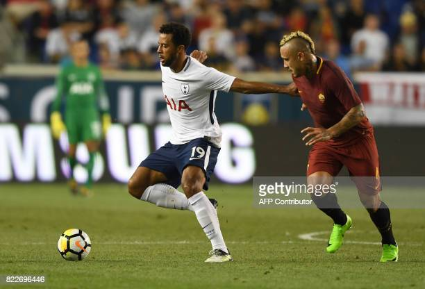 Mousa Dembele of Tottenham Hotspur fights for the ball with Radja Nainggolan of AS Roma during their International Champions Cup football match...
