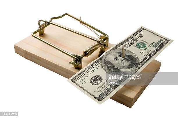 Mouse trap with bucks