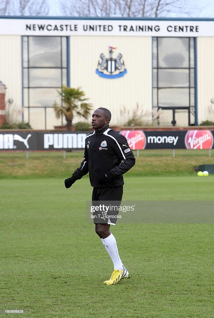 <a gi-track='captionPersonalityLinkClicked' href=/galleries/search?phrase=Moussa+Sissoko&family=editorial&specificpeople=4191251 ng-click='$event.stopPropagation()'>Moussa Sissoko</a> during a Newcastle United training session at the Little Benton training ground on February 08, 2013 in Newcastle upon Tyne, England.