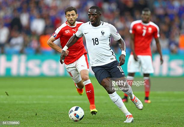 Moussa Sissoko of France in action during the UEFA EURO 2016 Group A match between Switzerland and France at Stade PierreMauroy on June 19 2016 in...