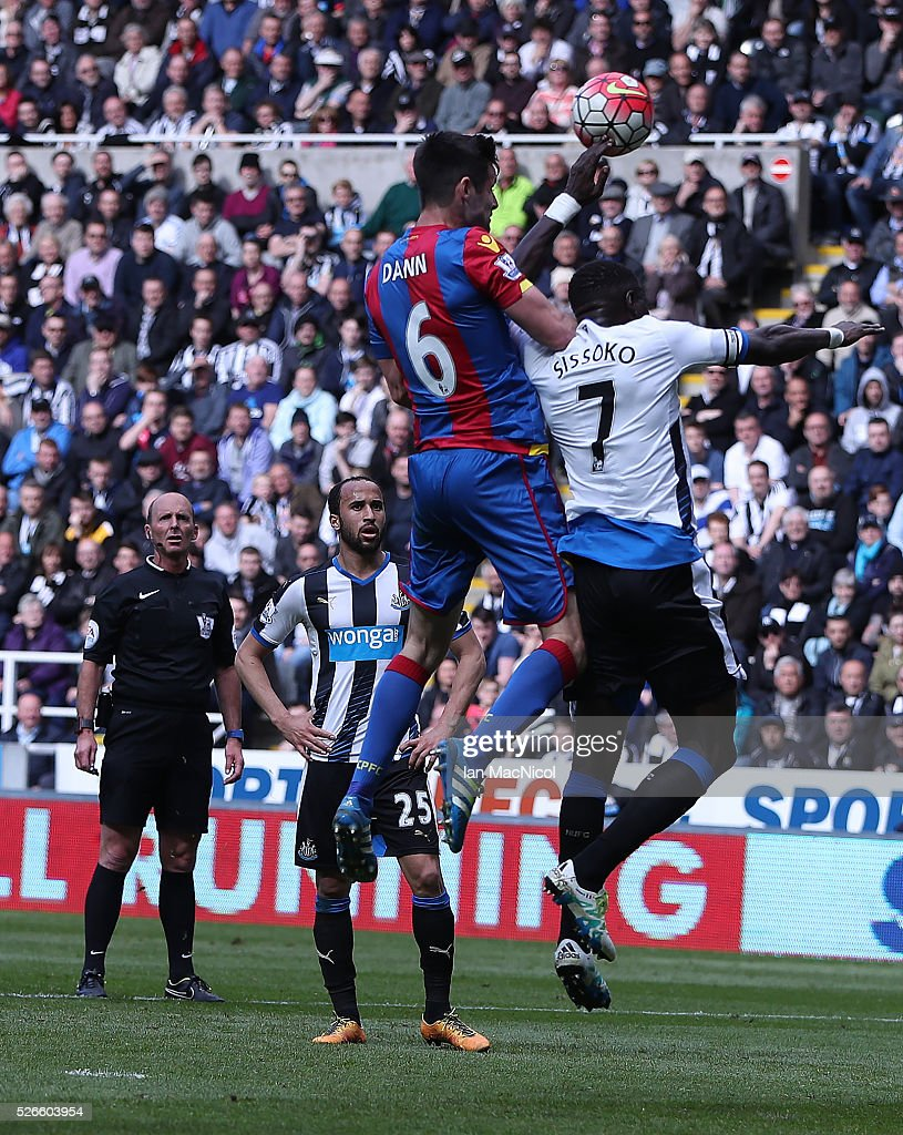 <a gi-track='captionPersonalityLinkClicked' href=/galleries/search?phrase=Moussa+Sissoko&family=editorial&specificpeople=4191251 ng-click='$event.stopPropagation()'>Moussa Sissoko</a> of Newcastle United handles the ball to give away a penalty during the Barclays Premier League match between Newcastle United and Crystal Palace at St James Park on April 30, 2016 in Newcastle, England.