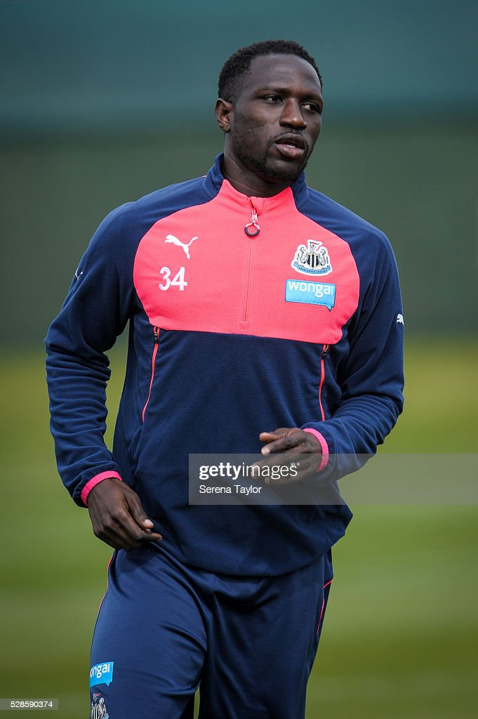 <a gi-track='captionPersonalityLinkClicked' href=/galleries/search?phrase=Moussa+Sissoko&family=editorial&specificpeople=4191251 ng-click='$event.stopPropagation()'>Moussa Sissoko</a> runs on the pitch during the Newcastle United Training session at The Newcastle United Training Centre on May 6, 2016, in Newcastle upon Tyne, England.