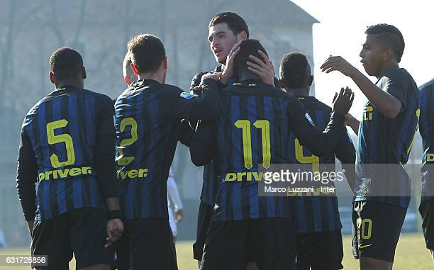 Moussa Souare of FC Internazionale Milano celebrates his goal with his teammates during the Primavera Tim juvenile match between FC Internazionale...