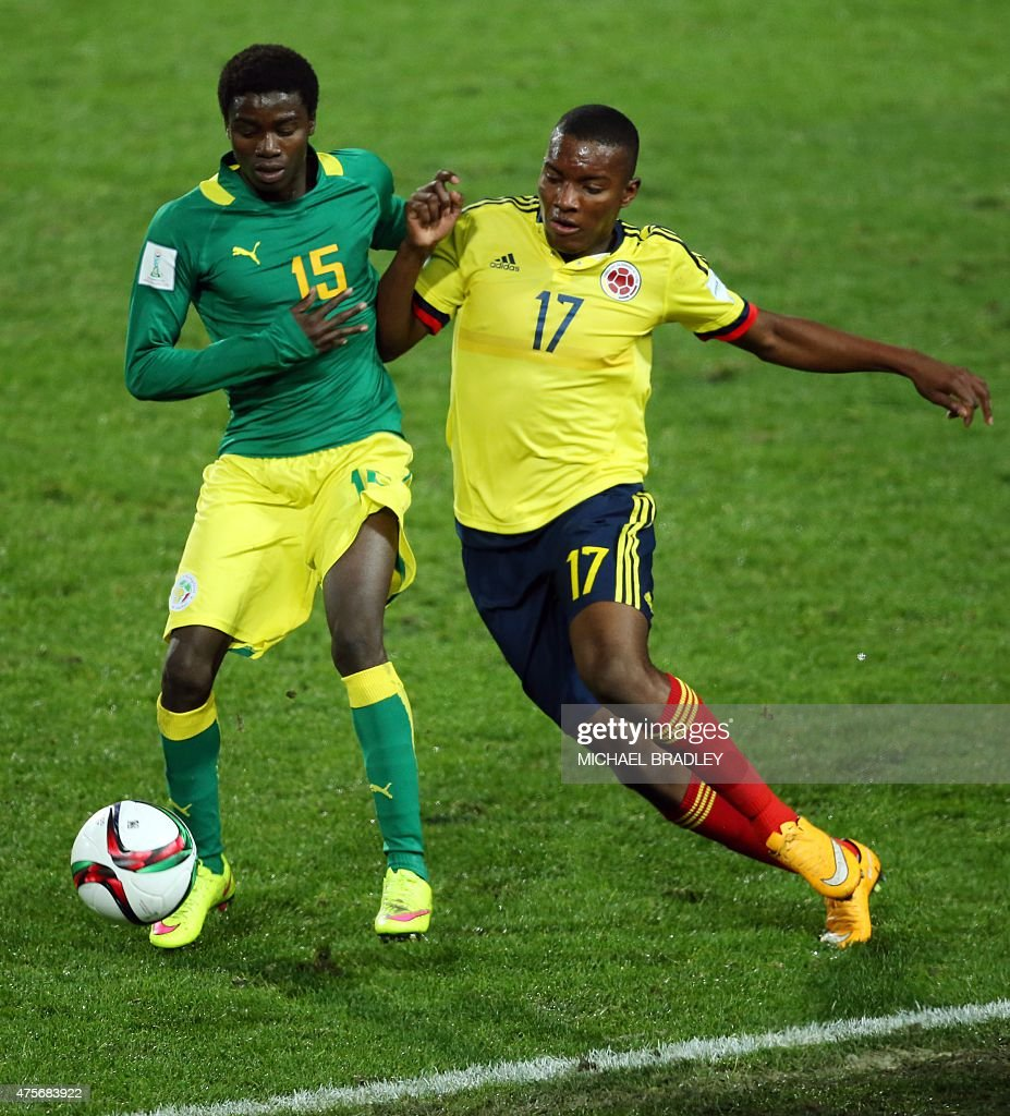 Color game ray otero - Moussa Wague L Of Senegal Fights Off A Challenge By Juan Otero R Of Colombia During The Fifa Under 20 World Cup Football Match Between Colombia And