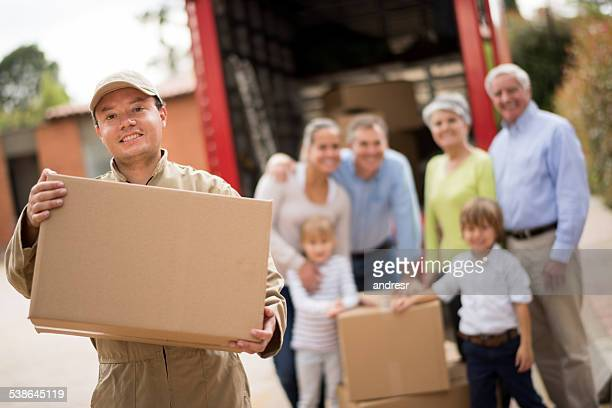 Déménageur aider famille Changement de logement