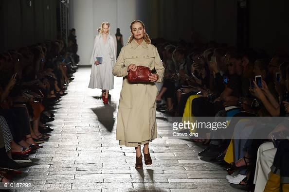Movie actor Lauren Hutton walks the runway at the Bottega Veneta Spring Summer 2017 fashion show during Milan Fashion Week on September 24 2016 in...