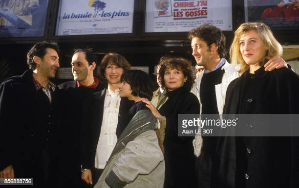 Movie premiere of 'La BauleLesPins' with from left to right Richard Berry JeanPierre Bacri Nathalie Baye Julie Bataille director Diane Kurys Vincent...