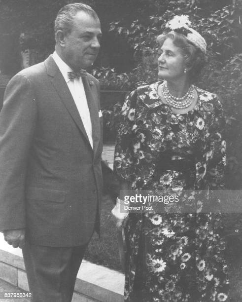 Mr and Mrs E Sanford Gregory arrive at St Martin's Chapel prior to the recent nuptials there of Miss Bridget Cosgriff daughter of the Stewart...