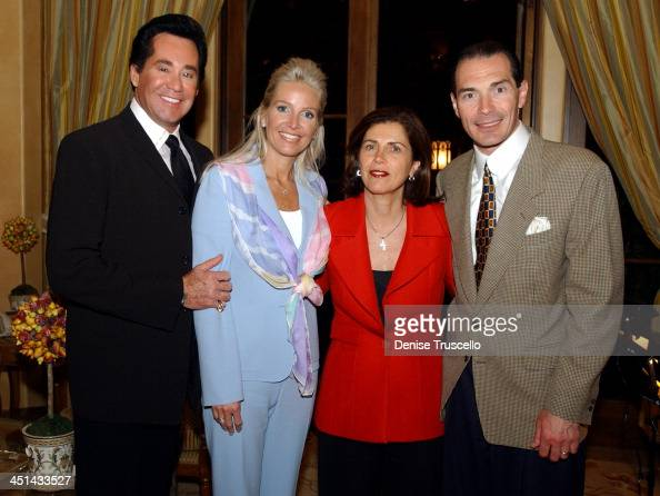 Mr and Mrs Wayne Newton with Arda and Alex Yemenidjian Chairman and CEO of MGM at the advance screening of John Woo's Windtalkers
