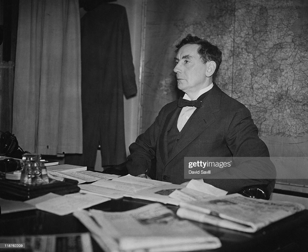 Mr Bezzant, advertising manager of the News of The World, 15th November 1938.