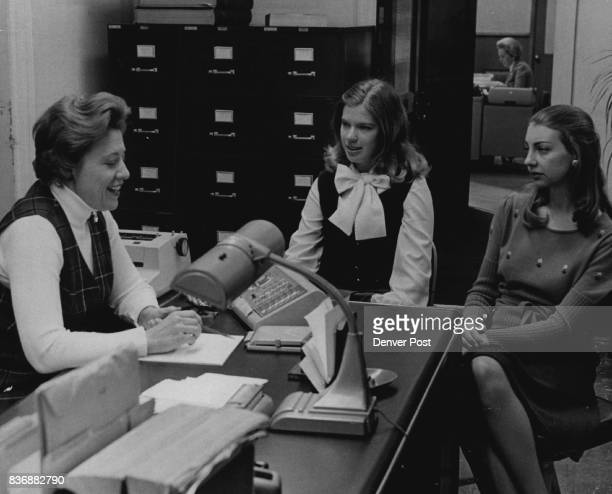 Mrs Dorothy Mauk left briefs Judy Downing and Karen Smith right members of the active Mortar Board chapter at DU on her return to fulltime journalism...
