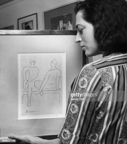 Mrs Gersten Displays A Picasso Etching She and her husband bought it on installments Credit Denver Post