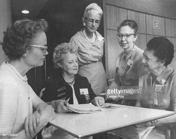Mrs Harold J Todd of Denver right incoming president chats with top contest winners at the Brown Palace Hotel From left they are Mrs Doris R Marble...